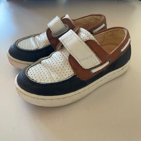 Angulus sneakers