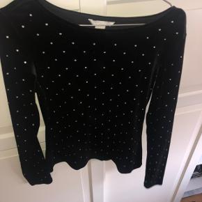 H&M velourbluse / trøje med små sten Perfekt til julefrokoster Helt ny Str. S