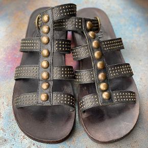 Fiorentini Baker sandaler