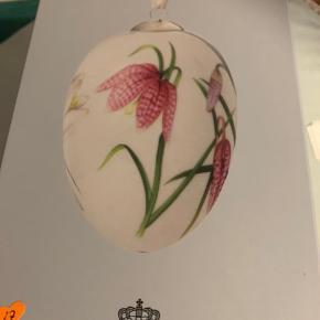 Royal  gåseæg i original æske med rede og bånd samt indlægsseddel  der medfølger 2 farver bånd Kun pakket ud til foto  2017 VIBEÆG (1249 980)  Sender + Porto 45 kr gls