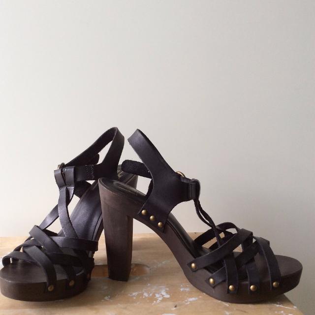 Sandaler med læderremme