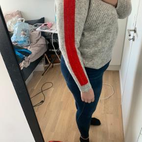 Model: Enbobo knit  Ny pris: 500 kr.