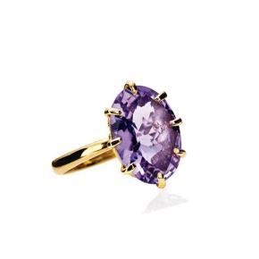 Smuk 18 karat guld ring med amatyst fra Carrés Queen of hearts kollektion   Størrelse 52  Nypris 6800,-