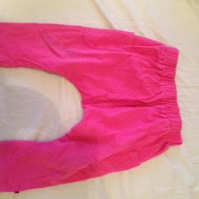 Varetype: Bukser knickersStørrelse: 98 - 104 Farve: Pink