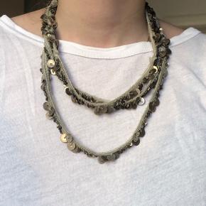 Smuk og unik halskæde. Tror den er fra Malene Birger.