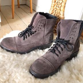 Khrio støvler