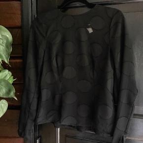 Gennemsigtig bluse fra H&M trend, aldrig brugt