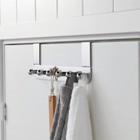 2 x knagerækker i modellen Voxnan fra IKEA. Købt for 2 måneders tid siden. Skal bare af med dem. BYD gerne. Kan afhentes i 9300 Sæby, Hjørring eller Frederikshavn og omegn efter aftale eller sendes imod betaling af Porto.  Nypris var 118,-