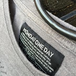 Monday sunday t-shirt