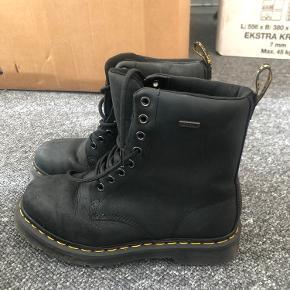 A bit used, bought last winter (2019) ❄️☁️  Pick up in Kbh K.