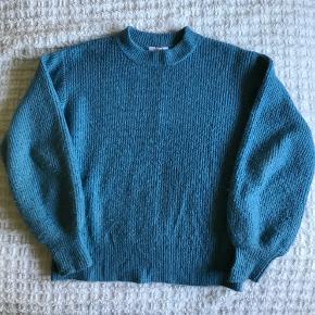D-xel sweater