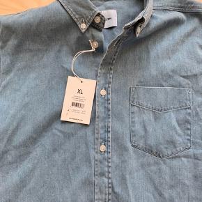 Fin skjorte. Str XL. Ikke brugt.