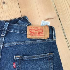 levis 501 jeans i rigtig god stand. størrelse: W30 L30