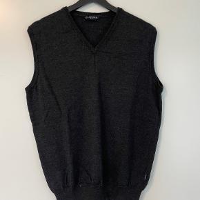 Clipper vest