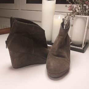 Klassisk Sofie Schnoor støvle. Sælges pga hælhøjde 6-7 cm