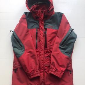 Vintage Kathmandu Gore-tex skaljakke Rød Str 12 / fitter small