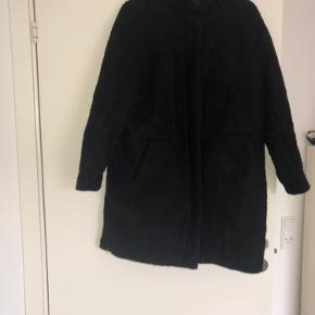 Vildt fin H&M jakke. Meget enkel.