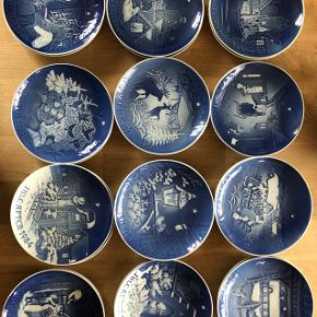 Juleaften platter fra årgang 1964 til 1987 Mærke Royal Copenhagen Pris pr stk Kan afhentes i vodskov i dagtimerne