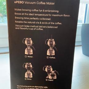 Sælger min Bodum ePEBO elektrisk vakuum kaffebrygger, som aldrig er brugt og har aldrig været taget ud af kassen. Nypris er 1.800 kr.