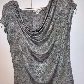 Trøjen er brugt få gange og er som ny😊 BYD