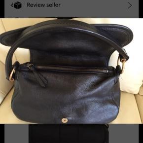 Super fin miu miu taske  Pæn stand BYD 🤞