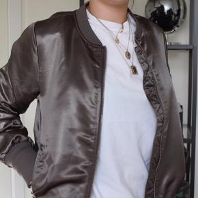 Mega fed bomber jacket / jakke