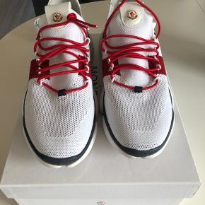De fedeste Moncler sko, som nye .