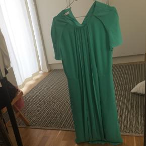 & other stories kjole. Brugt 1 gang. Mega fed kjole.
