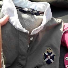 Varetype: Bluse Størrelse: M Farve: Brun  Med  lange ærmer