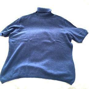 Peter Hahn 100 cashmere kortærmet sweater med rullekrave, brugt få gange, er som ny.