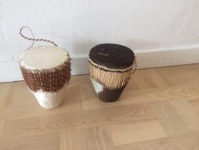 Afrikanske trommer. 75 kr. Stk.