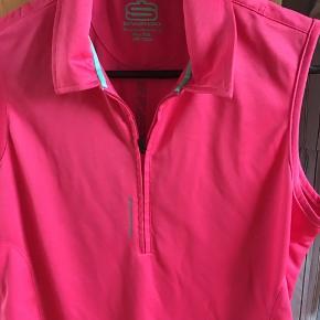 Super flot golf bluse Aldrig brugt mærket swagg