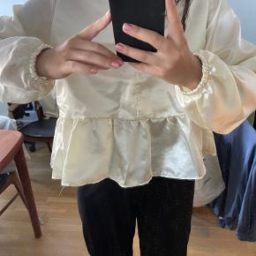 Gensynsklæder bluse