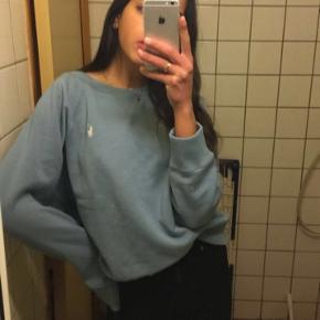 Polo Ralph lauren oversize sweatshirt i blå str medium jeg er selv en str small brugt 1 gang
