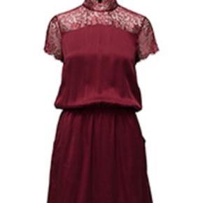 Super sød kjole i silke