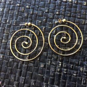 Smukke øreringe fra Maria Black. Aldrig brugt