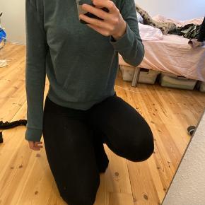 Mørke grøn sweater