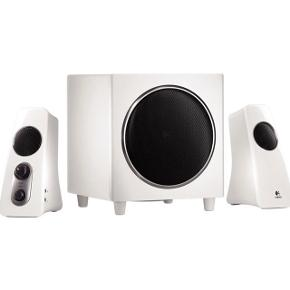 Logitech speaker system Z523  PRODUKT INFORMATIONER: 360-graders lyd Fyldig og justerbar bas Subwoofer med nedadrettede enheder RCA-stik og 3,5mm jackstik Effekt på 40 watt (RMS) Frekvensrespons: 48 - 20000 Hz Integreret forstærker   Har en utrolig god lyd, og en fyldig bas, som kan reguleres i styrken. Stikket har en løs forbindelse, men når den bliver sat korrekt i spænd, spilder lyden 100% som den skal (eller den kan evt udskiftes med en ny).  Kom med et bud