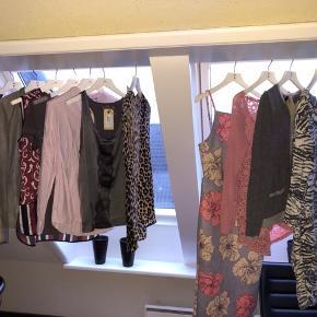 Samlet pakke med 11 stykker tøj. Mærker som Day, only, magasin  Sælges samlet 200kr