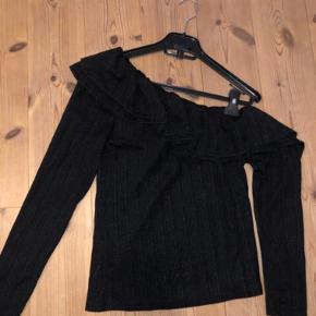 Envii bluse Nypris; 400 kr.