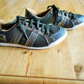 Up Fashion Sneakers