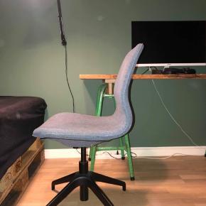 Lækker stol fra IKEA.  Nyprisen er 800 kr.  Modtager gerne bud
