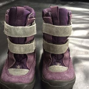 35d89895fce ECCO vinterstøvler med goretex str 24 til pige med velcroluk. Brugt af 1  barn.