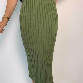 Design by Si kjole eller nederdel