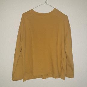 Lækker bluse fra Jacqueline de Yong, god men brugt.