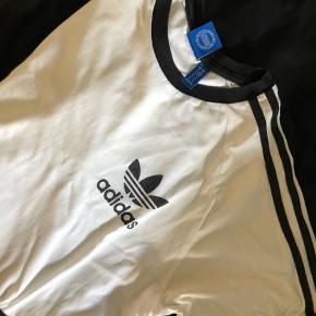 Adidas 3-stribe t-shirt i hvid