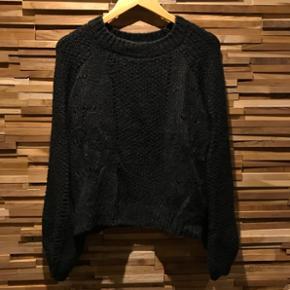Aldrig brugt, ligner ganni sweater