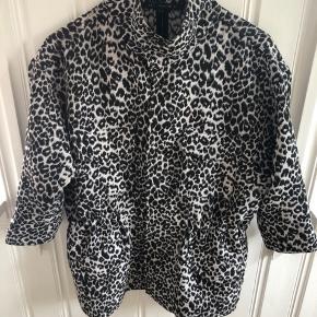 Raiine jakke
