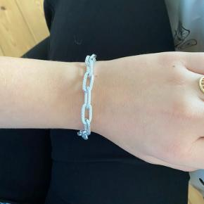 Jeg sælger dette helt nye og smukke armbånd 💕