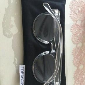 Sælger mine flotte solbriller der jeg ikke for dem brugt mere... Ingen tegn på slid